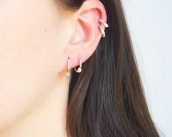 Tiny silver hoops - tiny hoops - silver hoops - silver hoop earrings - thin silver hoops - cartilage hoops - small silver hoops -  A53048