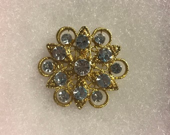Beautiful Vintage Snowflake Brooch, Gold Tone, Blue Rhinestones