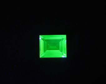 Rare Vintage UV Glow Banquette Cut Uranium Vaseline Glass Gemstone, VS 6.25 Ct, for Jewelry Making