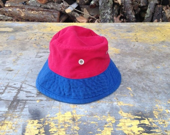 Red and Blue Bucket Hat, Blue and Red Bucket hat, Gap Bucket Hat, Red Bucket Hat, Blue Bucket Hat, 90s Bucket Hat