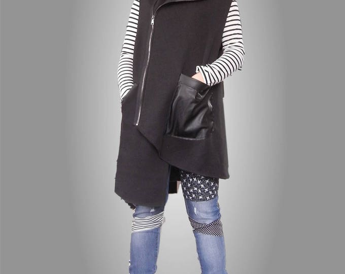 Flattering Black Loose Vest, Sleevless Jacket, Street Casual Oversized Overall, Asymmetric Eco Leather Turtle Neck Vest, Edgy Plus Size Vest