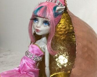 Monster High Repaint Rochelle Goyle - OOAK doll - Monster high doll - custom dolls - repainted monster high doll