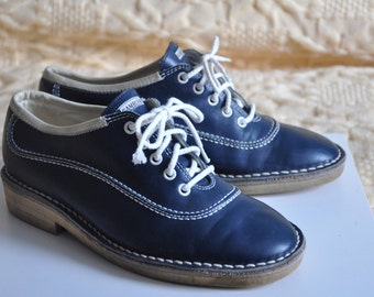 SALE! Vintage Bally Gamblers shoes, lace up shoes, blue leather shoes