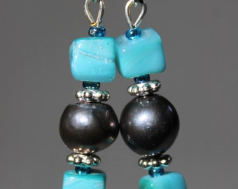 Square and Round earrings/ freshwater pearls