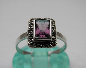 Silver, marcasite and amethyst coloured ring