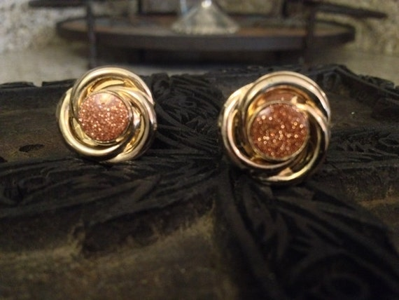 SALE Vintage Cufflinks Made From Vintage Gold and Glittered Stone