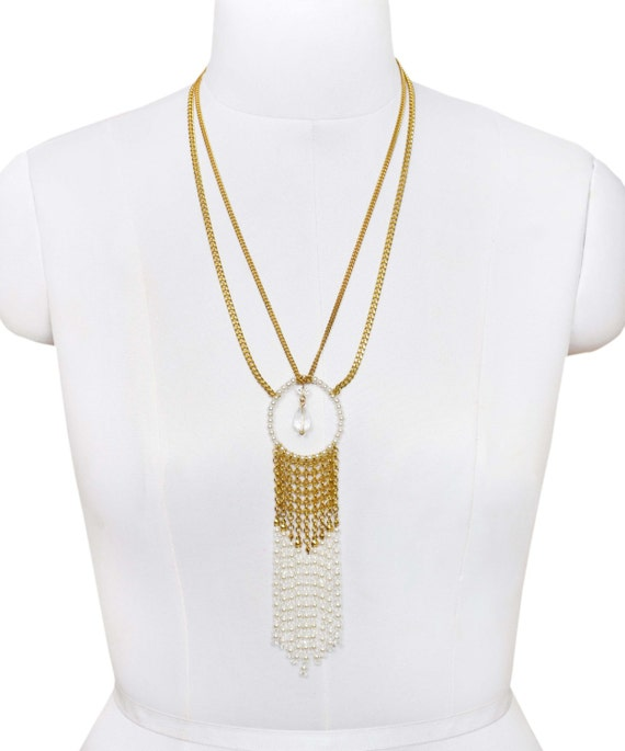 Gold and Pearl round necklace