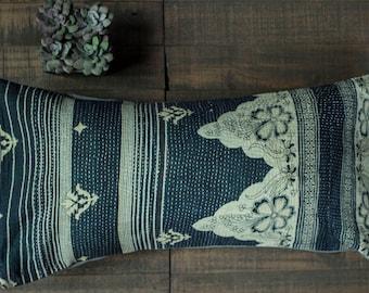 Vintage Kantha Quilt Pillow Black and White Decorative pillow Boho Lumbar Pillow Throw Pillow Indian Pillow Bohemian Pillow Patchwork Pillow