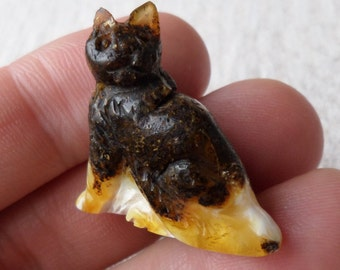 4,12gr. CAT Authentic White Black Miniature Natural Real Hand Carved Baltic Amber Amulet