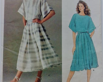 Vogue sewing pattern 1160 - American Designer - Perry Ellis - Misses' top and skirt