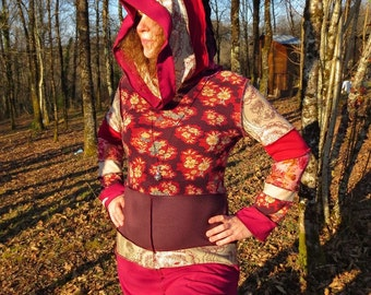Dress sharp hooded cotton patchwork and recycled stretch-jersey Maroon and ivory!