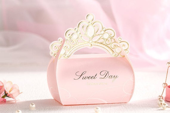 Crown wedding favors wedding decor ideas 50 princess pink wedding favor boxesdiy elegant bridal gift solutioingenieria Choice Image