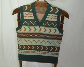 Vintage Mens Geometric Striped Green and Brown Sweater Vest - Size Small