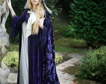 PURPLE VELVET CLOAK with train