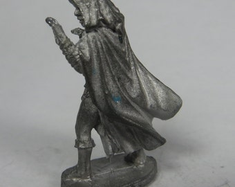 Dungeons and Dragons Miniature - DND - Female Munk - Unpainted - Vintage - RPG - Miniatures