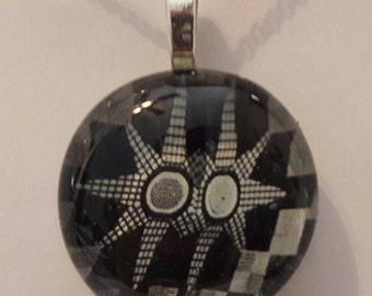 Black and white pendant, glass stone pendant, pendant, picture back pendant.