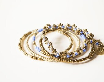 Jewelry set bangles blue bracelet beaded gold with pendant. Boho beaded set.