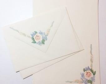 vintage stationary // mid century // peach rose // scalloped edge // florals // botanical // cream // green // blue
