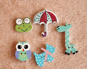 5 pieces of wood buttons. Colorful animal world and an umbrella.