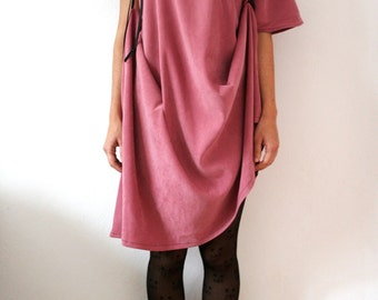 Oversize tunic or dress with different types of wear and different shapes