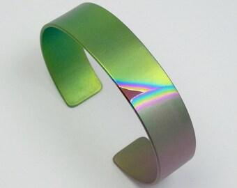 Anodized titanium bracelet, cuff 15 mm. Anodized titanium jewelry. Titanium bangle.