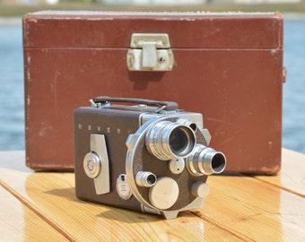 Vintage Revere 16 - model 38 16mm turret movie camera
