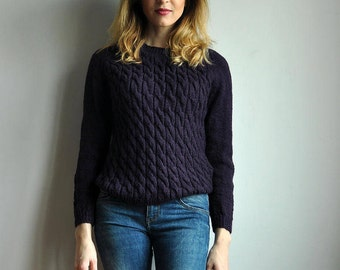 Hand knitted wool sweater - S-M