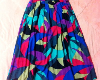 80s Vintage Colorful Print Full Long Skirt / Vintage Long Maxi Skirt with Colorful Pattern