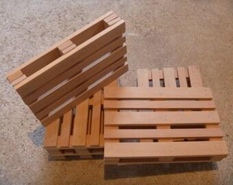 Mini europe wooden pallet