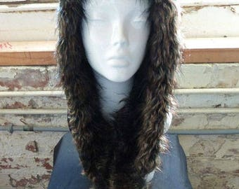 Hooded scarf | Water resistant | faux fur | Winter accessories | Scarf | Shood | Fashion hood |