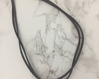 Marble pendant Choker