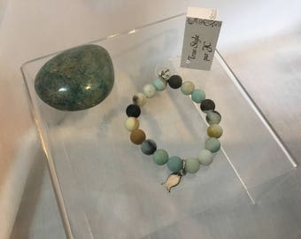 Bracelet in gemstone Amazonite with stainless steel fish pendant charm