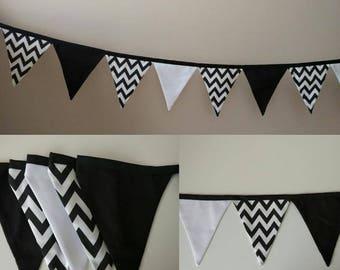 Banner black zig-zag