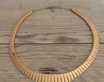 1980s Vintage Gold Toned Choker Necklace, Fringed Snaked Chain