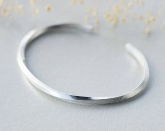 Minimalist ring twisted Silver 925 bracelet