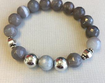 Antara - Gray agate bracelet