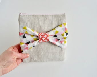 Linen Zipper Pouch  - Pouch with Bow - Coin Pouch- Pink Linen Pouch - geometric Pouch - Small Pouch - Gift for mom - Gift for Teacher