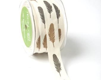 MAY ARTS Ribbon - 1 yard - 3/4 Inch Ivory 100% Cotton w/ Print Ribbon Black / Brown Feathers - SKU: 413-34-25
