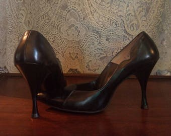 Vintage 1950's Black Leather Bettie Page High Heels, Size 6.5 6 1/2