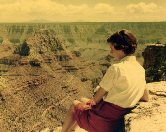 vintage photo 1954 Kodacolor Teenage Women Sits Cliff Edge GRand CAnyon Arizona