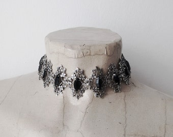 Gothic filigree Choker necklace Gothic Jewelry Silver Black Swarovski Necklace Leaves Vintage Style nickel free jewelry Bridal Wedding
