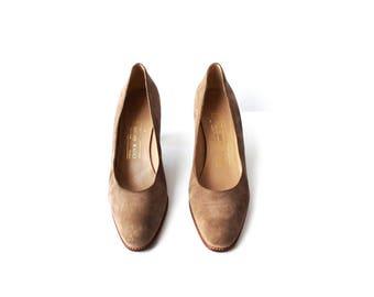 SALE - 1990s Anne Klein Taupe Brown Heels