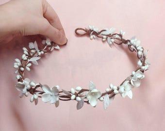 white flower crown, white flower headband, white headband, flower wreath, flower girl headband, white floral crown, wedding hair accessories