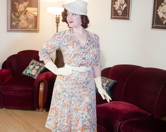 Vintage 1930s Dress - Darling Floral Print Semi-Sheer Cotton Voile Late 30s Day Dress with Shirring and Puffed Sleeves