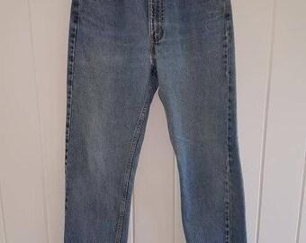 Vintage 80s Levis 505 Straight Leg Denim Jeans, zip fly, W32 L32 Regular Fit (Ref: Pair B)