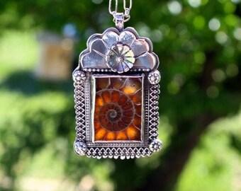 Nicho Corona Ammonite Necklace