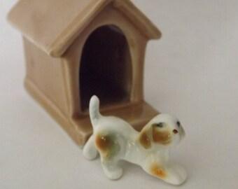 Porcelain Dog House with Dog Germany 6527
