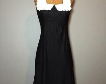 Vintage 60's Black White Mod Mini Dress Lace Trim Pilgrim Collar Empire Waist XS