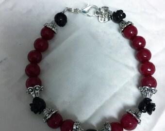 Pretty (Sorta) Goth Design Beaded Bracelet~Love This One!