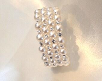 Bridal Pearl Bracelet, Bridal Bracelet, Pearl Wedding Bracelet, Wedding Bracelet, Wedding Jewelry, Cuff Bracelet, gift for her
